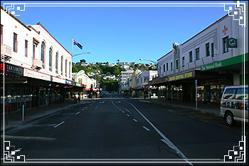 Hawkes Bay Scenic Tours - Hastings-Street-looking-north
