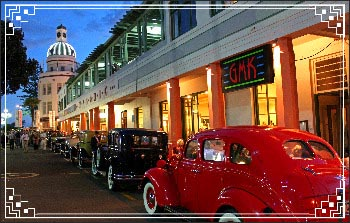 Hawkes Bay Scenic Tours - Napier at it's best with the vintage cars