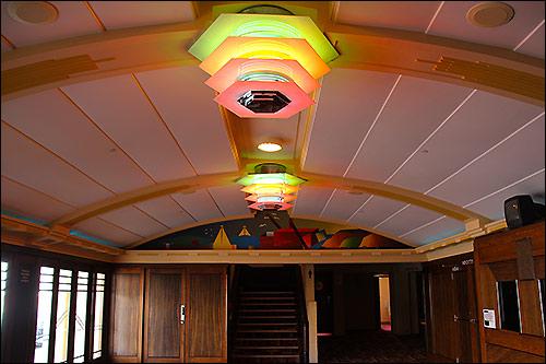Napier's-art-deco---Municipal-Theatre-lobby-500x333
