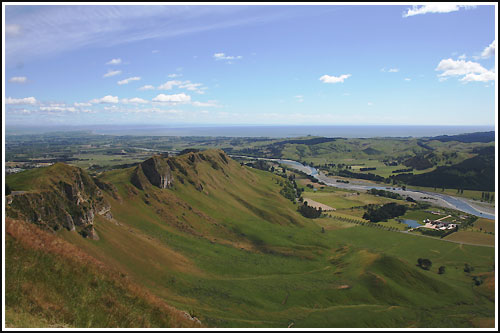 Enjoy scenic drives in and around Napier with Hawkes Bay Scenic Tours