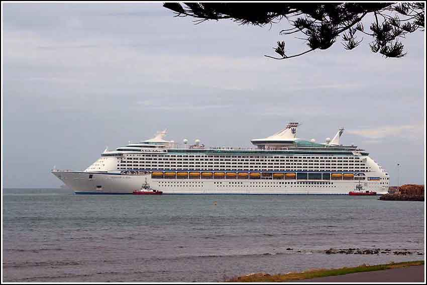 Enjoy fantastic Napier shore excursions in Napier New Zealand with Hawkes Bay Scenic Tours