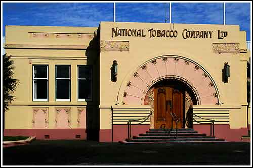 Enjoy learning about Napier's world famous Art Deco with Hawkes Bay Scenic Tours