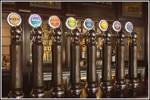 Select your own beer or cider drinks as part of this tour, all inclusive.