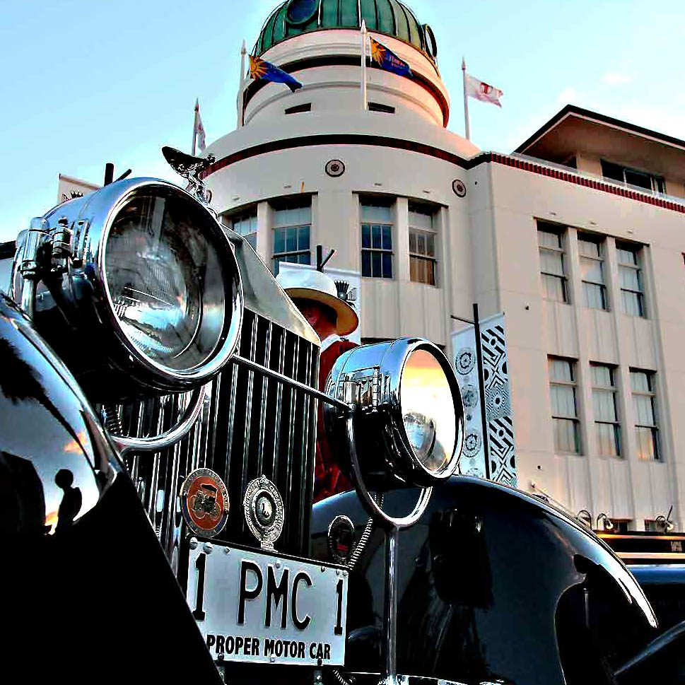 See much Art Deco and Wine on your Napier Scenic Tour